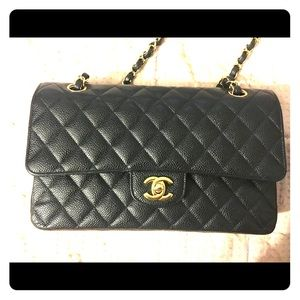 035bdb1c3b09 Authentic Chanel Medium Classic Flap 17 series